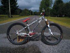 my Santa Cruz Jackal. custom frame sharpie by Radrider, 2011 Fox Float RLC lowered to Now owned by TimeToRide-ediRoTemiT Hardtail Mountain Bike, Mountain Biking, Downhill Bike, Mtb Bike, Road Bike, Dh Velo, Dirt Bicycle, Vtt Dirt, Santa Cruz