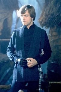 Mark Hamill as Luke Skywalker in Star Wars: The Force Awakens Luke Skywalker Costume, Mark Hamill Luke Skywalker, Star Wars Luke Skywalker, Anakin Skywalker, Star Wars Characters, Star Wars Episodes, Movie Characters, Star Wars Art, Star Trek