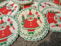 Hey, I found this really awesome Etsy listing at https://www.etsy.com/listing/236233308/19-vintage-christmas-paper-coasters