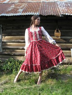 Red & Lace Gunne Sax Prairie Dress