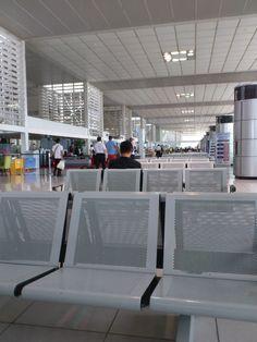 Manila international airport terminal 2
