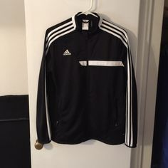 Climacool Adidas zip up TTS. Bought this at the Adidas store in Vegas last year, only worn a handful of times. Perfect condition!!! Nice & light for a beautiful spring day or a gym workout. Make an offer 🙂 Adidas Tops Sweatshirts & Hoodies