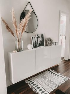 Home Decor Bedroom, Home Living Room, Living Room Decor, Home Room Design, Living Room Designs, Home Entrance Decor, Aesthetic Room Decor, Apartment Interior, House Rooms