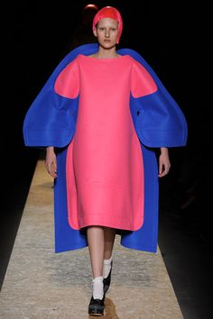 Fall 2012 Ready-to-Wear Comme des Gar...you have got to be kidding me! This is fashion? ahaha!