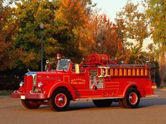 1940s Mack fire truck