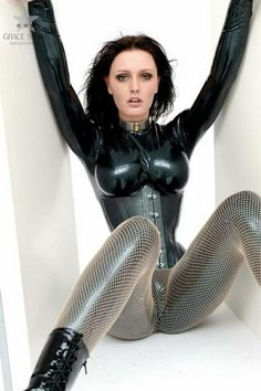 Latex Babe