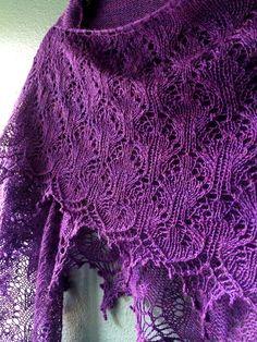 Sweet Dreams shawl - Pattern by Boo Knits Yarn -. Knitted Shawls, Crochet Shawl, Knit Crochet, Shawl Patterns, Knitting Patterns, Purple Love, Purple Things, Bright Purple, How To Purl Knit