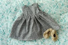 Rust & Sunshine: Little Geranium Baby Dress (free pattern from Made by Rae http://www.made-by-rae.com/2013/01/free-little-geranium-dress-pattern/)