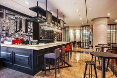 노보텔 앰배서더 서울 강남 프렌치 레스토랑 '더 비스트로 앤 더 델리(The Bistro & The Deli)'  파리의 아침을 경험할 수 있는 모닝 세트 부터 캐주얼한 분위기에서 즐기는 타파스&와인까지, 식탁위의 작은 파리를 경험해 보시기 바랍니다.