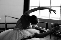 Image shared by RunwayLifeDancer. Find images and videos about black and white, dance and ballet on We Heart It - the app to get lost in what you love. Ballet Barre, Ballet Dancers, Ballet Class, Ballet Tumblr, Dance Like No One Is Watching, Ballet Photography, White Photography, Tiny Dancer, Ballet Beautiful