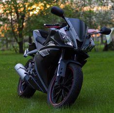 Yamaha YZF-R125 By: @realquiqk