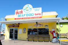 Fresh seafood and Greek Village in Tarpon Springs, FL. Read more here: http://theamateurexpert.com/fresh-seafood-greek-village-in-tarpon-springs/  #tarponsprings #freshseafood #greekvillage #naturalsponges
