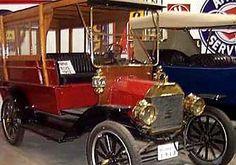 La marque de voitures Américaine Ann Arbor fut fondée en 1911, l'Huron River Manufacturing Co, Ann Arbor, Michigan. La firme exploita la construction automobile jusque en 1912.