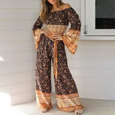 Bohemian floral print two-piece women jumpsuit Off shoulder blouse wide leg pants set Holiday beach ladies overalls 2020 Two Piece Jumpsuit, Look Boho, Boho Style, Boho Chic, Long Romper, Boho Outfits, Floral Outfits, Casual Outfits, Fashion Colours