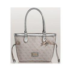 Guess Elegantní kabelka Madaket Small Carryall stříbrná
