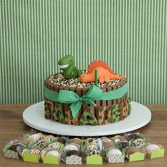 bolo dinossauro Dinosaur Cupcake Cake, Dinosaur Birthday Cakes, Cupcake Cakes, Round Birthday Cakes, Birthday Parties, Happy Birthday, Jurassic Park Party, The Good Dinosaur, Party Cakes