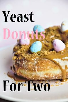 Make Yeast Donuts at home! This recipe is quick and easy, and only yields two servings. No need to throw some old donuts away or to eat a dozen of'em! I LOVE this recipe. Quick Donuts Recipe, Recipe For 1, Donut Recipes, Cooking Recipes, Fun Recipes, Yeast Donuts, Doughnuts, Old Fashioned Donut, Small Batch Baking