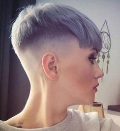 Crop Haircut, Fade Haircut, Pixie Haircut, Super Short Hair, Short Hair Cuts, Short Hair Styles, Shaved Hair Women, Half Shaved Hair, Cool Short Hairstyles