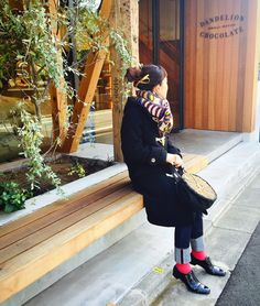 今日出来上がったダッフルコートを早速着てみました。 サイズぴったりでした。   #ハンドメイド大人服   #ダッフルコート   #ダッフル   #ソーイング   #ショセ   #minaperhonen   #ebagos   #今日の服   #今日のコーデ   #今日のコーディネート   #蔵前   #dandelionchocolate   #ダンデライオン   #tokyo   #東京散歩