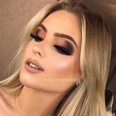 Curso de Maquiagem Andréia Venturini - Curso Maquiagem na Web Glam Makeup, Makeup Spray, Sexy Makeup, Gorgeous Makeup, Love Makeup, Bridal Makeup, Wedding Makeup, Beauty Makeup, Makeup Looks