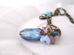 Blue Cluster necklace  FREE SHIPPING  stunning di PerleVaniglia, €25.00  #necklace #handmade #fattoamano #perlevaniglia #jewel #jewelry #brass #bronze #crystal #swarovski