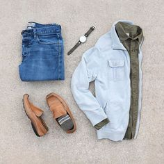 Monday's look with lots of @fossil flare 💥👌🏼 #mycreativelook ––––––––––––––––––––––– Denim, Shirt & Watch: @fossil Jacket: @aptnumber9 Shoes: Varese Shoes Socks: @calvinklein ––––––––––––––––––––––– #streetstyle #getdapper #fashiongrid #wiwt #denim #flatlay #votrends #sharpgrids #suitgrid #shopthatgrid #wdywtgrid #outfitgrid #outfitgrids #oklahomacity