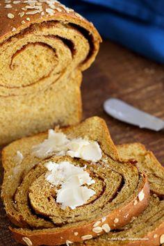 カボチャシナモンの渦巻きパン! シナモンと砂糖のスワールとカボチャのサンドイッチのパン。 Yeastedローフ。 |  VeganRicha.com #vegan #breakfast #recipe