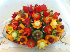 Google Image Result for http://www.vegetablefruitcarving.com/wp-content/uploads/najlaa-al-sayigh.jpg