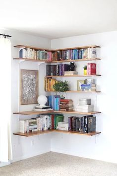 Best Corner Floating Shelves to Beautify Your Room Corner Bedroom Storage Ideas For Clothes, Bedroom Storage For Small Rooms, Bedroom Shelves, Small Bedrooms, Closet Ideas, Corner Shelf Design, Diy Corner Shelf, Corner Storage, Design Ikea