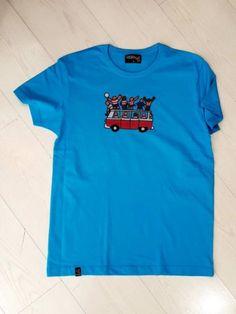 CAMISETA BUS DEL GRANADA Granada, Mens Tops, T Shirt, Fashion, Fashion Guide, T Shirts, Supreme T Shirt, Moda, Tee