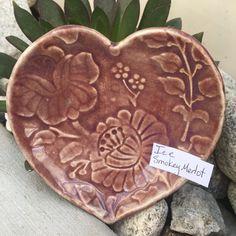 Amaco Glazes, Ceramic Glaze Recipes, Ceramic Pottery, Electric, Hearts, Ceramics, Ideas, Ceramica, Pottery
