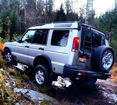 Air suspension flex  (not maximum flex) #LandRover #Discovery #disco #Land #Rover #Landy #offroad #beautiful #turbo #turbodiesel #diesel #Sweden #Range #SLRK #Defender #serieslandrover #landroverseries #landroverdefender  #overland #explore #4x4 #best4x4xfar #RangeRover #winter #flex #awesome #mylandy #life #roadtrip by td5adventures Air suspension flex  (not maximum flex) #LandRover #Discovery #disco #Land #Rover #Landy #offroad #beautiful #turbo #turbodiesel #diesel #Sweden #Range #SLRK…
