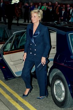Diana Princess of Wales was a fashion pioneer and she was never afraid to experiment with her style. This suit proves that this was exactly the case!