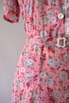 Vintage 1930s House Dress - Pink Floral Feedsack Day Dress - from sweetbeefinds