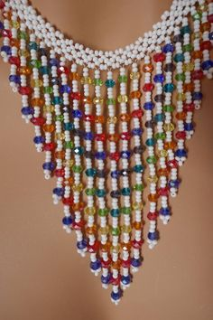 Chaquira handbeaded necklace choker very chic ideal forMulticolor necklace, very elegant, with handbeaded small beads, adjustable ! Bead Loom Bracelets, Beaded Bracelet Patterns, Beading Patterns, Bead Jewellery, Seed Bead Jewelry, Jewelry Making Tutorials, Beading Tutorials, Bead Crafts, Jewelry Crafts