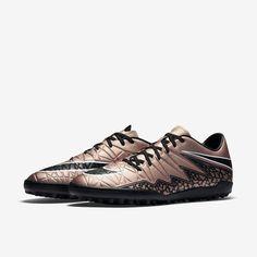 Ayağın anatomik yapısına uygun tasarımı ile Nike Hypervenom Phelon'u keşfedin:  http://www.yalispor.com.tr/nike-hypervenom-phelon-ii-tf-29