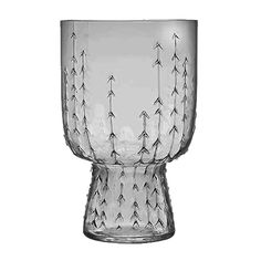 A stunning example of tradition merging with modern design, the iittala Sarjaton Glass Set will dazzle your friends and family. Delicately created, the upside-down, bell shaped glassware echoes rustic