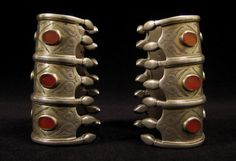 Asian Tribal Art - Silver cuffs, Turkoman, Central Asia, side