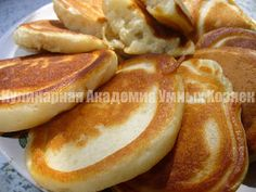 pancakes with kefir Breakfast Dishes, Breakfast Recipes, Vegetarian Cooking, Cooking Recipes, Cooking Games, Baked Fish, Russian Recipes, Kefir, International Recipes