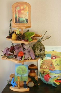 This tiered nature display set for Michaelmas can be changed for any season or occasion. Framed Postcards, Seasonal Celebration, Holiday Costumes, Nature Activities, Wooden Picture Frames, Nature Table, Autumn Nature, Inspiration For Kids, Free Baby Stuff