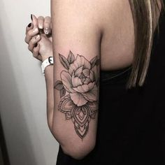 Too good tattoos!I'm a girl from Norway sharing tattoos I like. Feel free to submit tattoos and maybe I'll share them! Piercing Tattoo, Piercings, Tattoo Arm, Forearm Tattoos, Collarbone Tattoo, Back Of Arm Tattoo, Tattoo Moon, Shoulder Tattoos, Mandala Tattoo On Back
