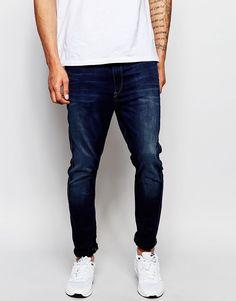 """Jeans von G-Star Stretch-Denim Mittlere Waschung normale Bundhöhe verdeckter Reißverschluss enge Passform Maschinenwäsche 35% Baumwolle, 35% Lyocell, 28% Polyester, 2% Elastan Unser Model trägt Größe 81 cm/32"""" und ist 188 cm/6 Fuß 2 Zoll groß"""