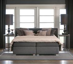 ideas for bedroom inspiratie boxspring Gray Bedroom, Trendy Bedroom, Bedroom Inspo, Bedroom Color Schemes, Bedroom Colors, Side Tables Bedroom, Bedding Inspiration, Bedroom Organization Diy, Living Room On A Budget