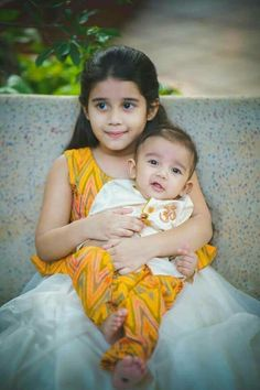 Flaunt this Pongal with Kanjeevaram Kids Dress Wear, Kids Gown, Dresses Kids Girl, Kids Wear, Baby Dresses, Girls, Mom And Son Outfits, Baby Boy Outfits, Kids Outfits