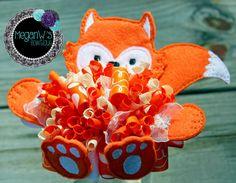 Funky loopy bow, little fox bow, hair bow, oversized fox felt bow by MeganWsBowtique on Etsy