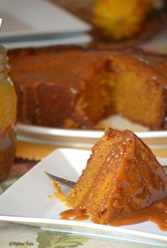 Slow Cooker Sticky Caramel Pumpkin Cake  Subscribe here and never miss a recipe: http://eepurl.com/0P9p5