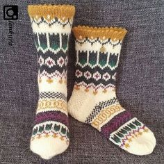 Knitting Socks, Yarn Crafts, Mittens, Needlework, Knit Crochet, Sewing, Knits, Socks, Knit Socks