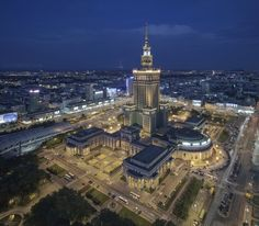 The Palace of Culture and Science PKiN in Warsaw, Poland Places To See, Places Ive Been, Castles To Visit, Work Visa, Eastern Europe, Capital City, Empire State Building, Beautiful Places, To Go