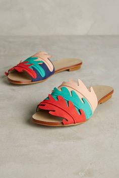 Shop the Guilhermina Scalloped Slide Sandals and more Anthropologie at Anthropologie today. Read customer reviews, discover product details and more.