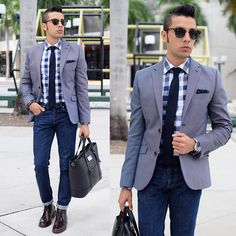 Get this look: http://lb.nu/look/7864732 More looks by Franko Dean: http://lb.nu/frankodean Items in this look: Banana Republic Gingham Shirt, Zara Denim Jeans, Ray Ban Clubmaster Sunglasses, Thursday Boots Chukka Boots, H&M Blazer #dapper #formal #look #mensfashion #fall #gentleman #menswear #boots #smart
